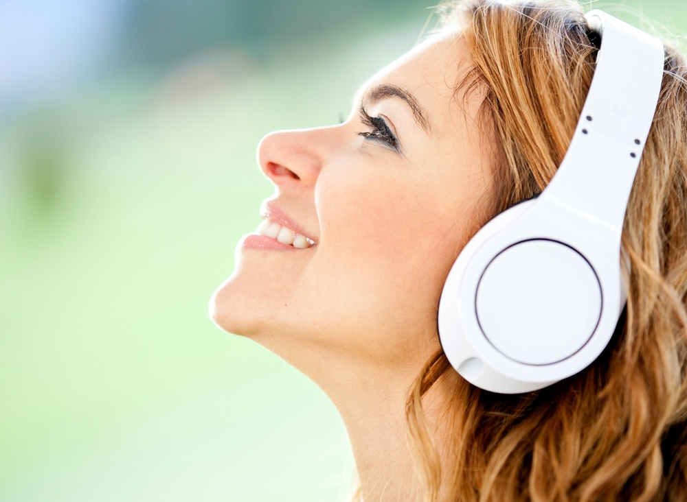 can noise canceling headphones help migraines